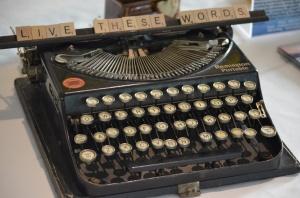 launchroundtoptypewriter